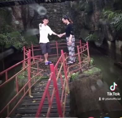 """""""Chàng trai chăn bò Bình Định"""" vượt mặt Sơn Tùng khoe bạn gái, tiết lộ thân thế bất ngờ - 3"""