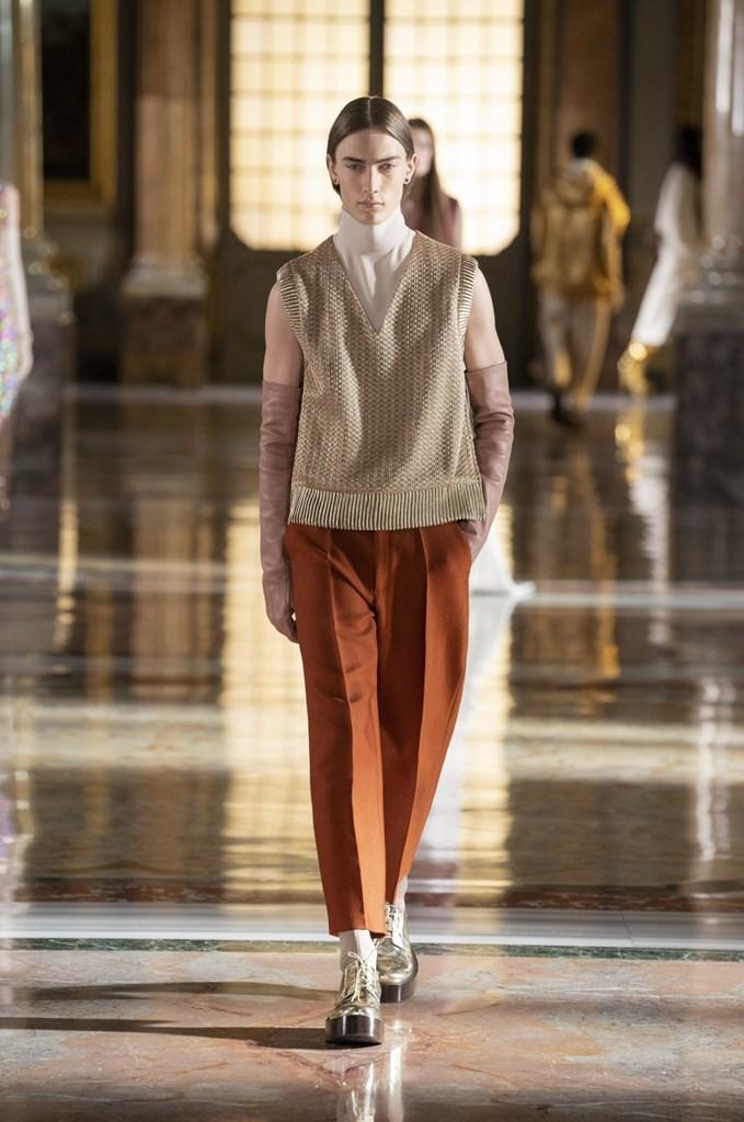 Valentino: Thời trang Haute Couture không phân biệt giới tính - hình ảnh 4