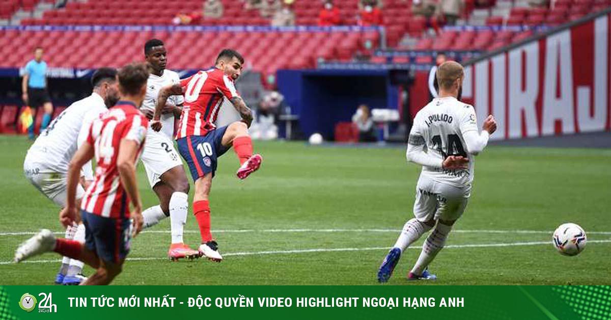 Video Atletico Madrid - Huesca: Hai cú đấm cuối hiệp, giữ vững ngôi đầu