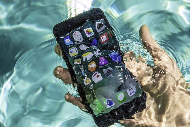 Bảo hành chống thấm nước trên iPhone sắp bị lôi ra tòa - 3