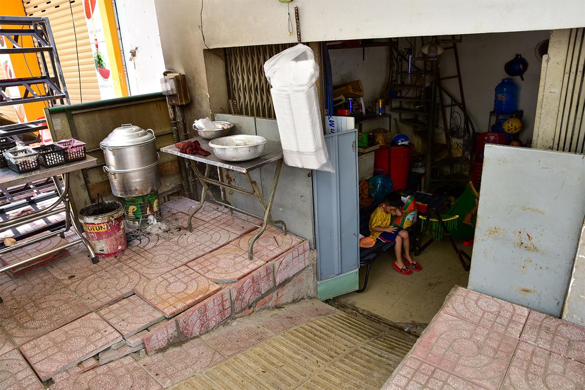 """""""Rốn ngập"""" ở Sài Gòn trước ngày hoàn thành sửa chữa - hình ảnh 14"""