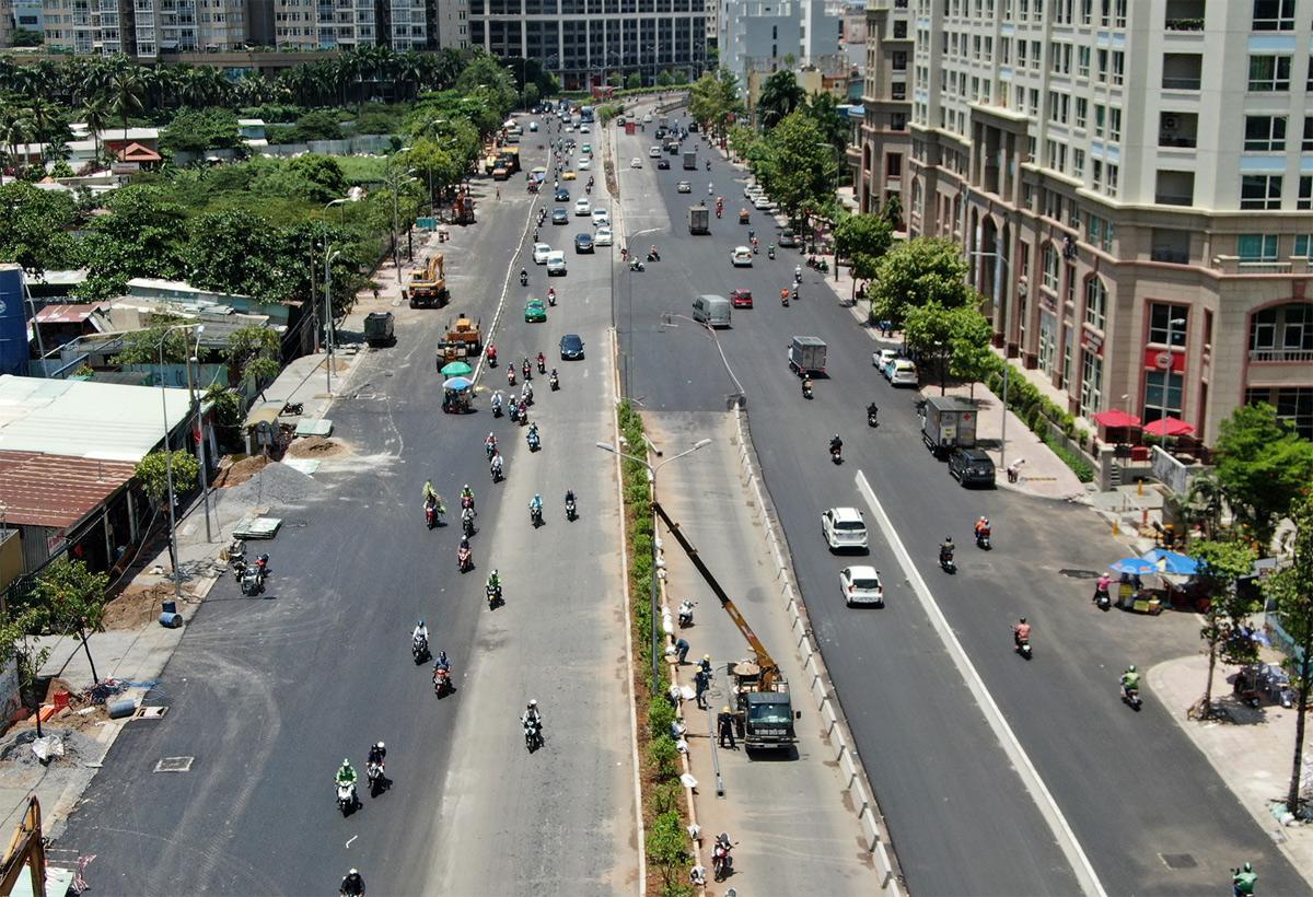"""""""Rốn ngập"""" ở Sài Gòn trước ngày hoàn thành sửa chữa - hình ảnh 2"""