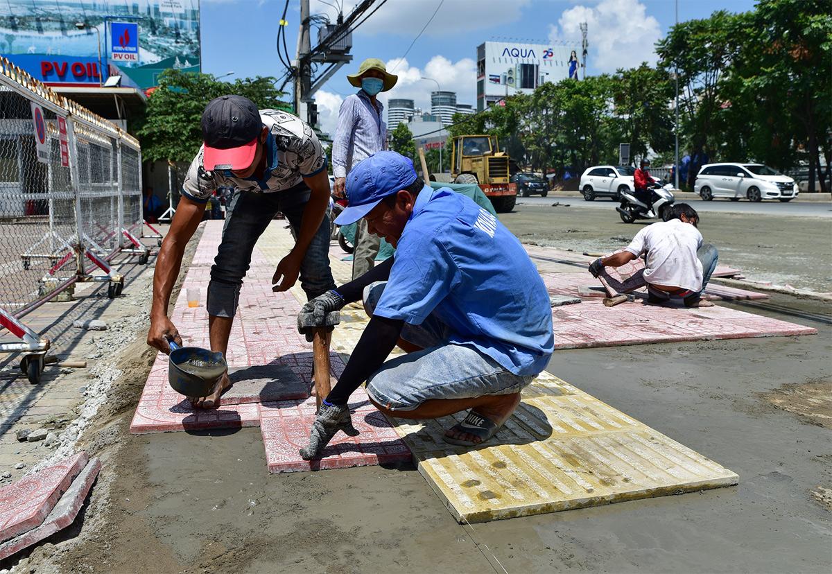 """""""Rốn ngập"""" ở Sài Gòn trước ngày hoàn thành sửa chữa - hình ảnh 5"""