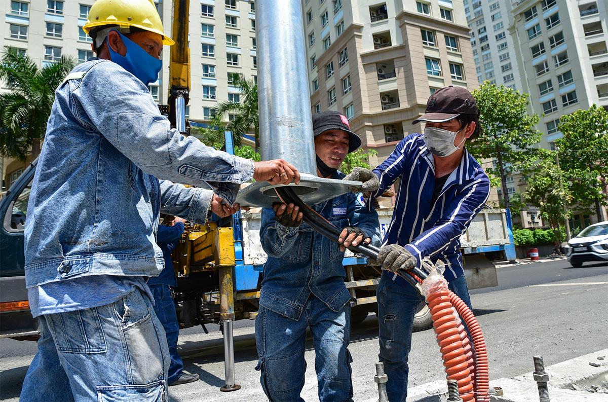 """""""Rốn ngập"""" ở Sài Gòn trước ngày hoàn thành sửa chữa - hình ảnh 6"""