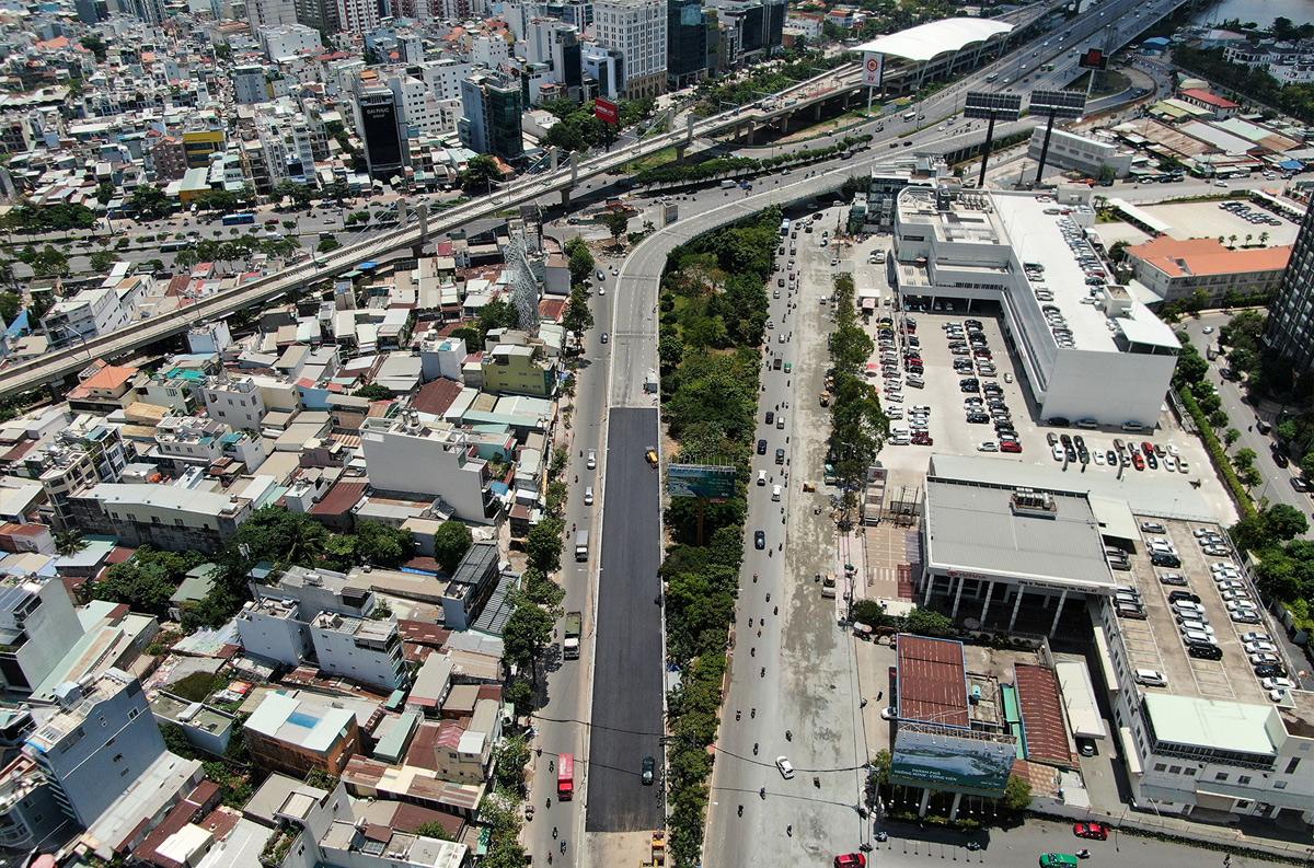 """""""Rốn ngập"""" ở Sài Gòn trước ngày hoàn thành sửa chữa - hình ảnh 7"""
