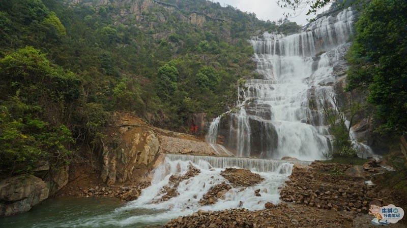 Thác nước cao nhất ở Trung Quốc, xuất hiện trở lại sau 60 năm khô cạn - 4