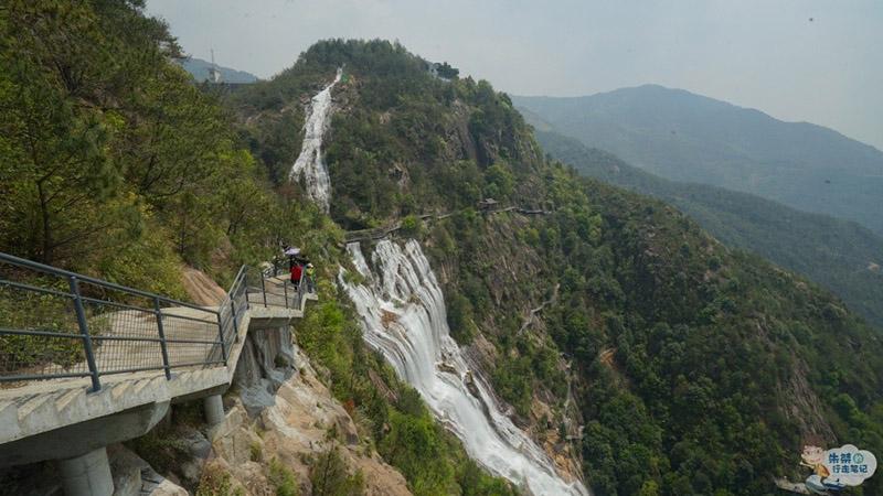 Thác nước cao nhất ở Trung Quốc, xuất hiện trở lại sau 60 năm khô cạn - 10