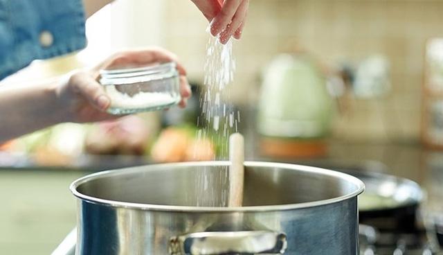 4 thói quen khi nấu nướng có thể khiến gia đình bạn mắc phải ung thư - 4