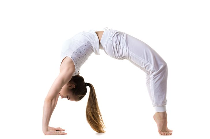 Những động tác yoga giúp chị em cải thiện vòng 1 săn gọn, hình dáng đẹp - hình ảnh 5