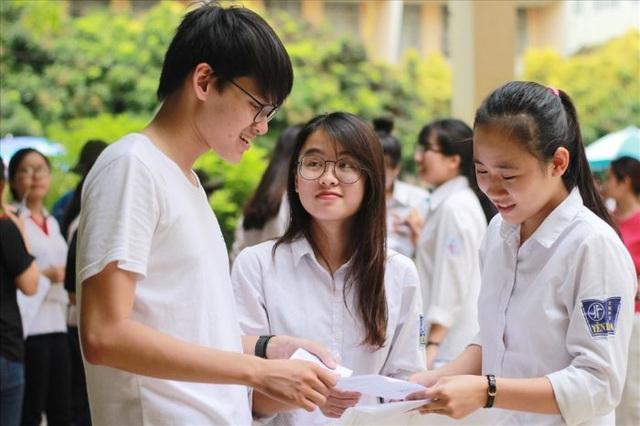 Hôm nay, thí sinh cả nước bắt đầu đăng ký dự thi tốt nghiệp và xét tuyển đại học - 1