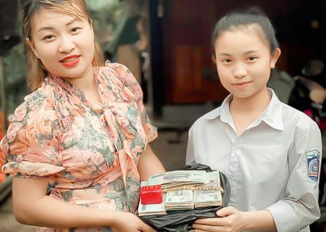 """Nữ sinh nhặt được gần nửa tỉ đồng: """"Khi cầm số tiền, em cũng sợ bản thân sẽ lấy"""" - hình ảnh 4"""