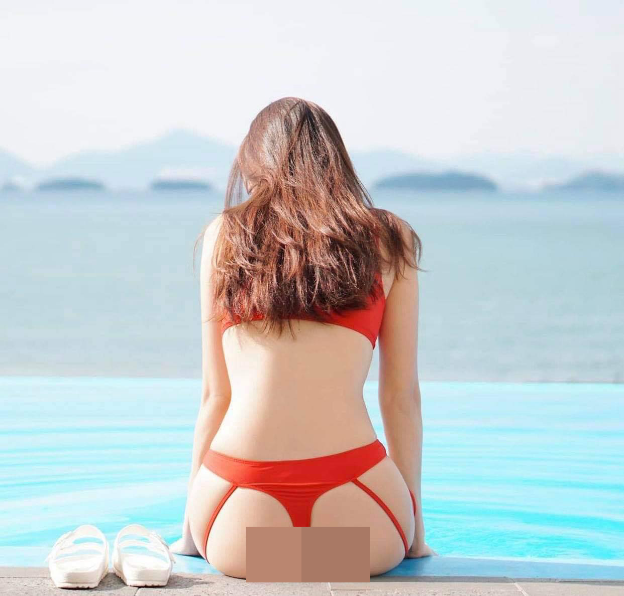"""Các chị đẹp Hàn Quốc diện """"bikini dây dợ"""" dễ gây """"gai mắt"""" vì khoe đường cong bốc lửa - hình ảnh 1"""