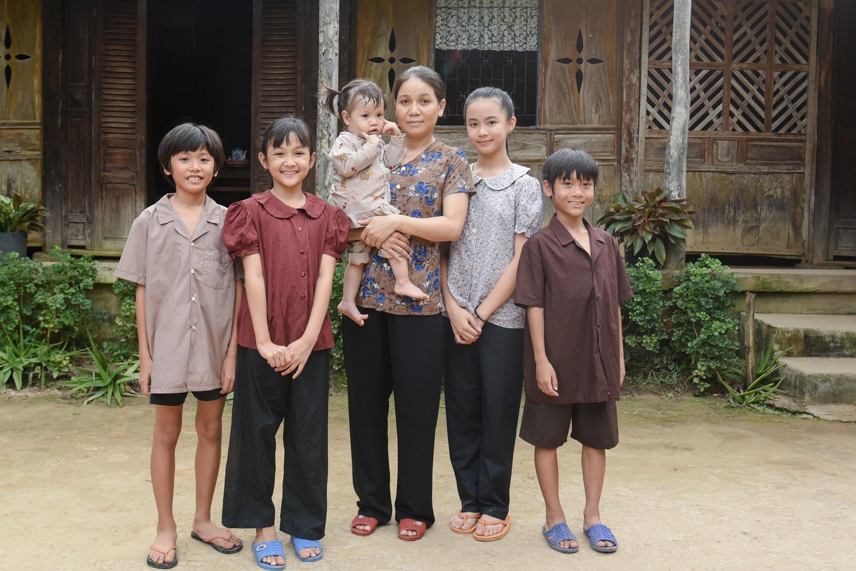 Sau 2 năm nghỉ sinh, Lê Phương lấy nước mắt khán giả với hình ảnh người phụ nữ tần tảo, lam lũ - hình ảnh 1