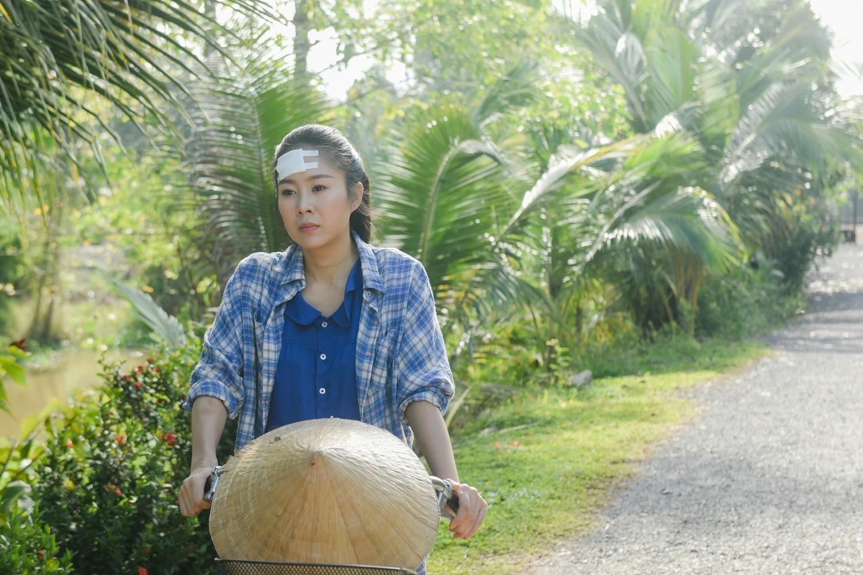Sau 2 năm nghỉ sinh, Lê Phương lấy nước mắt khán giả với hình ảnh người phụ nữ tần tảo, lam lũ - hình ảnh 3