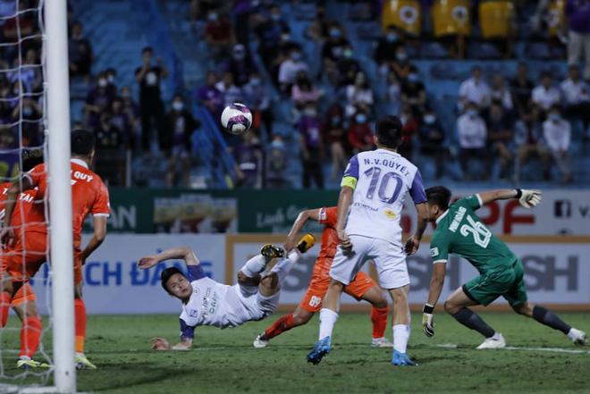 """HLV Đức Thắng chỉ ra """"điểm yếu"""" đội bầu Hiển khi Hà Nội FC thua Bình Định - 1"""