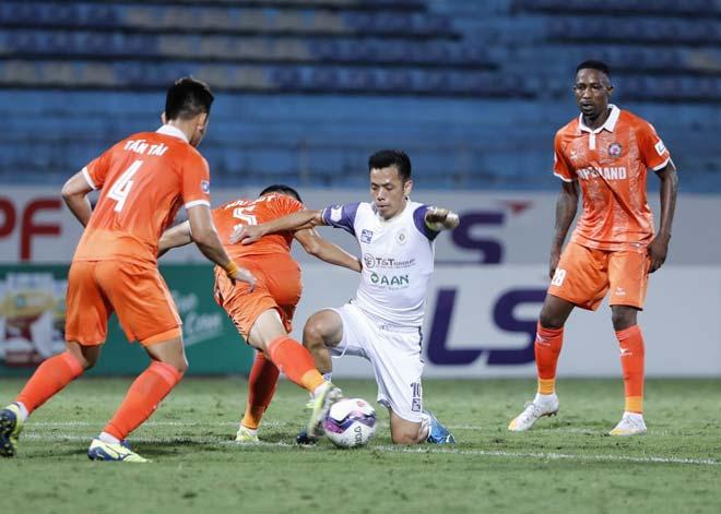 Điểm nóng vòng 11 V-League: Công Phượng bay cao cùng HAGL, Hà Nội FC sa lầy - 3