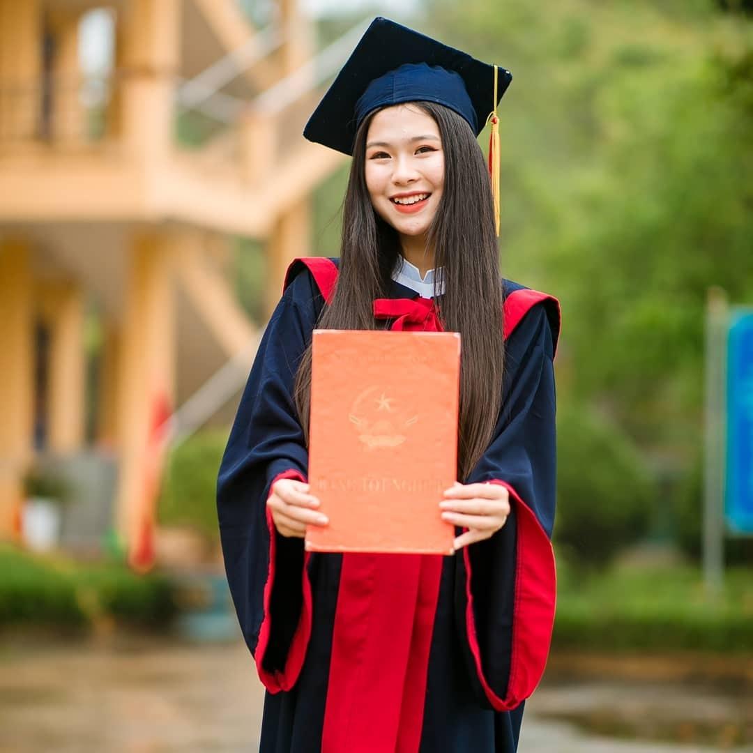 Thí sinh 18 tuổi miền gái đẹp Tuyên Quang gây chú ý khi thi hoa hậu - hình ảnh 1
