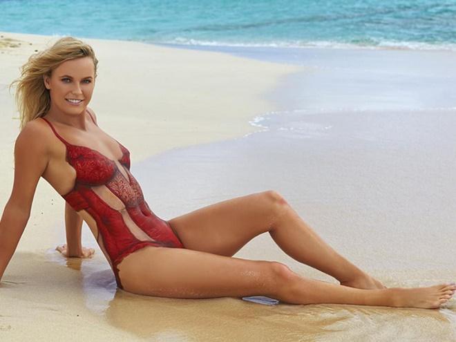 """Mỹ nhân Golf diện bikini khoe vòng 1, """"hoa khôi quần vợt"""" báo tin vui - 6"""