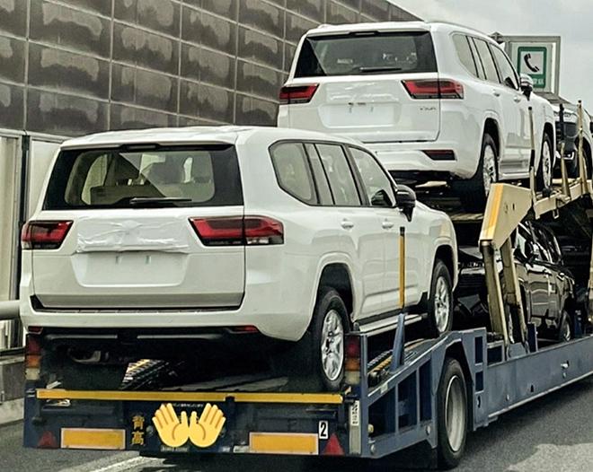 Toyota Việt Nam nhận cọc xe SUV cỡ lớn Land Cruiser với số lượng hạn chế - 4