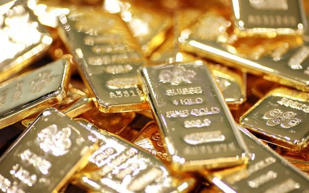 """Giá vàng hôm nay 2/5: Dự đoán gây """"sốc"""" về giá vàng tuần tới - 1"""