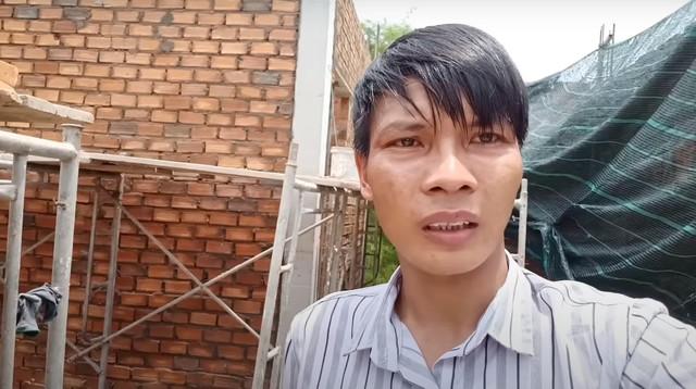 """Thu nhập của 2 YouTuber phụ hồ """"nghèo nhất"""" VN: Con số ngã ngửa - 4"""