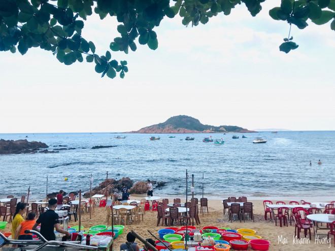 Bình Định: Khám phá vùng biển nhỏ khiêm nhường đẹp như mơ tại làng chài Bãi Xếp - 3