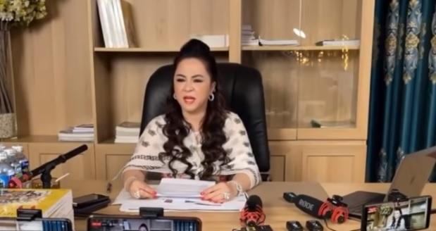 """Bà chủ Đại Nam phản ứng dữ dội khi Hoài Linh nhận show """"Thách thức danh hài"""" - 5"""