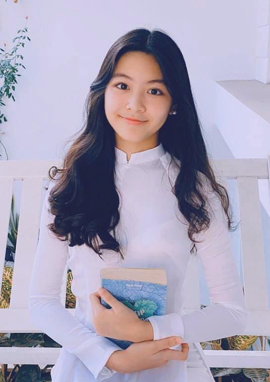 Con gái MC Quyền Linh cao 1,7m xinh như hoa hậu, fan nô nức xin làm rể - 7