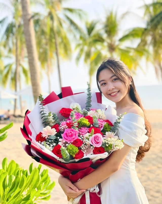 Con gái MC Quyền Linh cao 1,7m xinh như hoa hậu, fan nô nức xin làm rể - 6