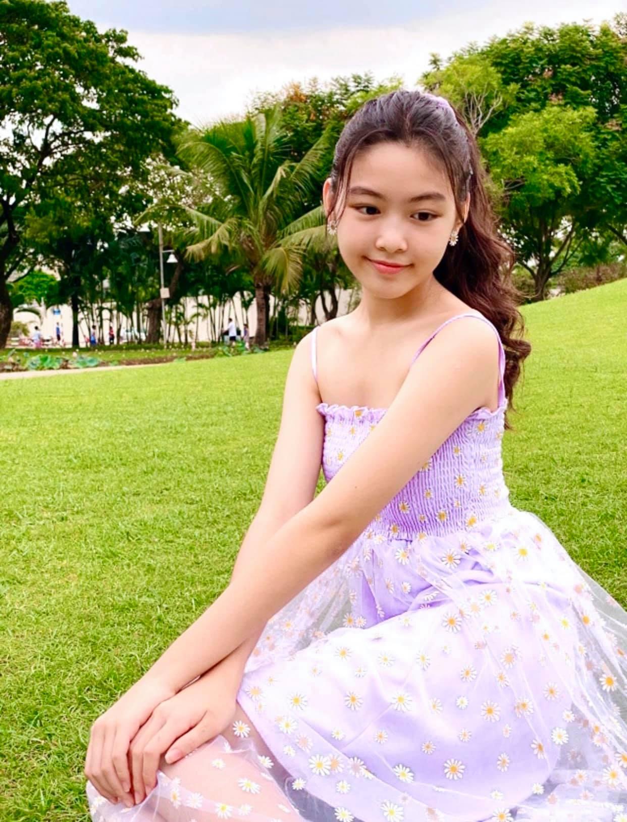 Con gái MC Quyền Linh cao 1,7m xinh như hoa hậu, fan nô nức xin làm rể - 5