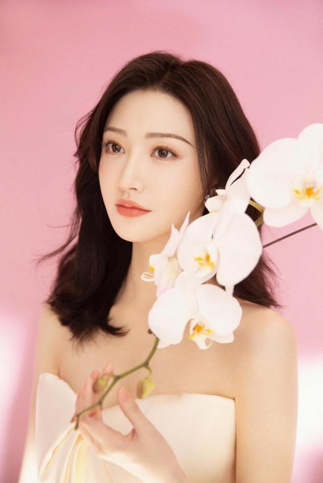 Mê mẩn nhan sắc tuổi 33 của 'Đệ nhất mỹ nữ Bắc Kinh' Cảnh Điềm - 4