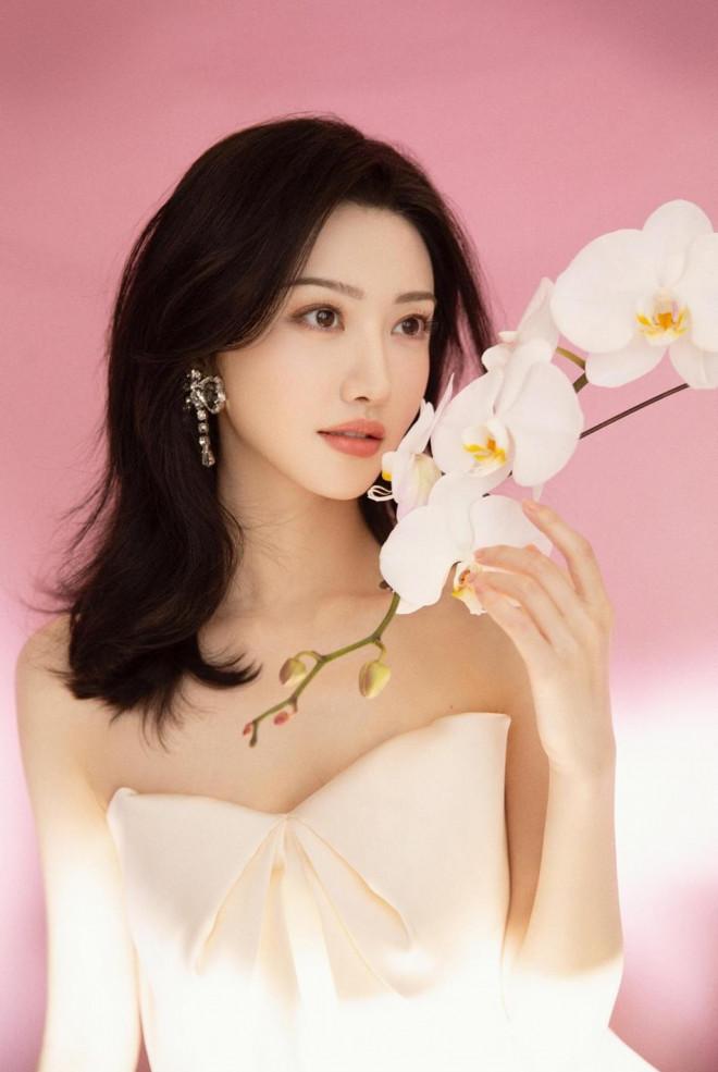 Mê mẩn nhan sắc tuổi 33 của 'Đệ nhất mỹ nữ Bắc Kinh' Cảnh Điềm - 5