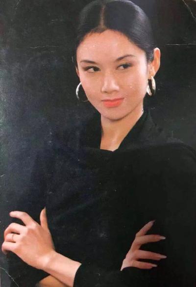 'Mai Siêu Phong' kinh điển không ăn cơm suốt 20 năm, trẻ đẹp khó tin ở tuổi ngoài 60 - 2