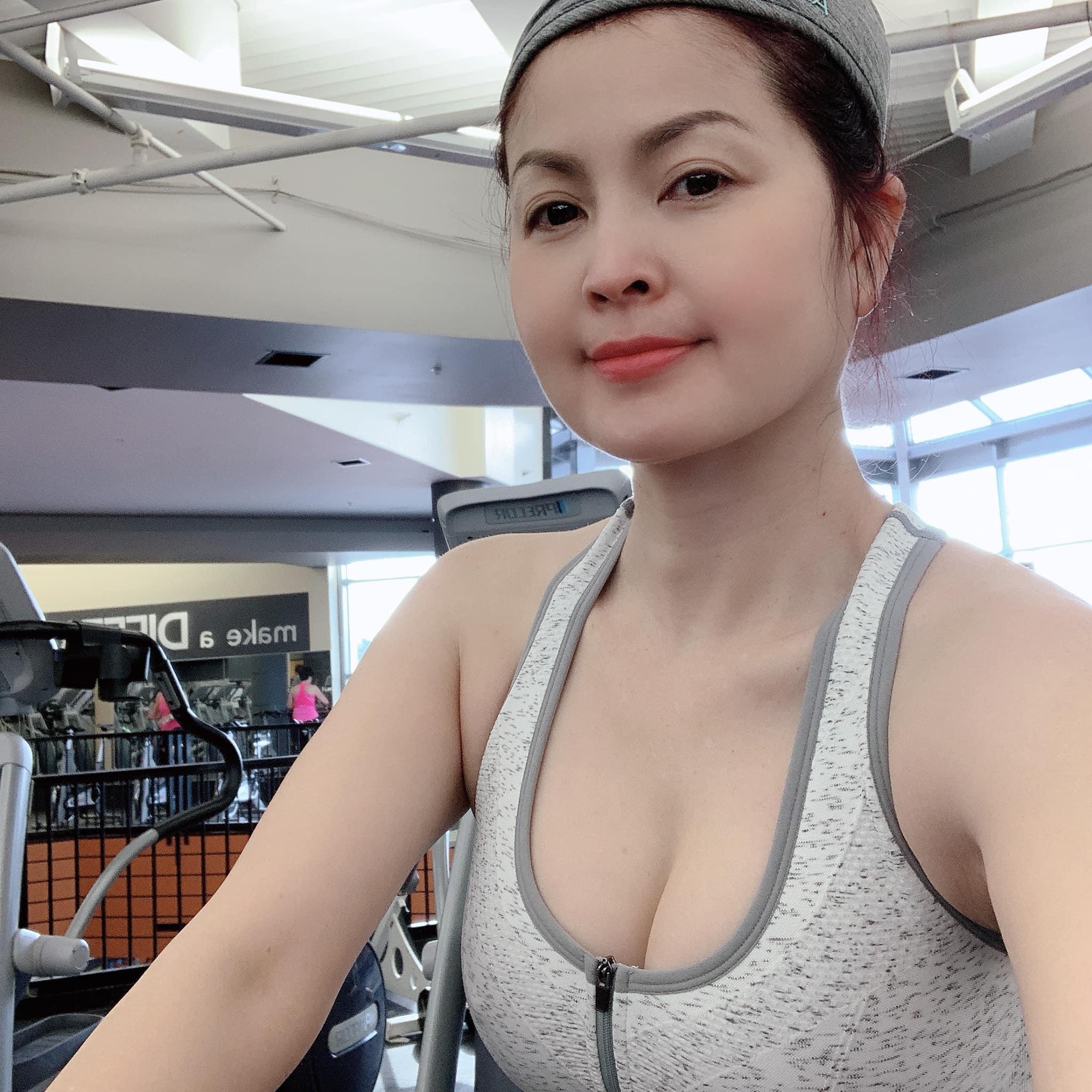 """Yến Vy xuất hiện bên người phụ nữ đặc biệt sau 16 năm """"trốn"""" showbiz Việt sang Mỹ - 4"""