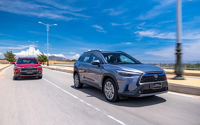 Giá xe Toyota Corolla Cross lăn bánh tháng 5/2021 - 15