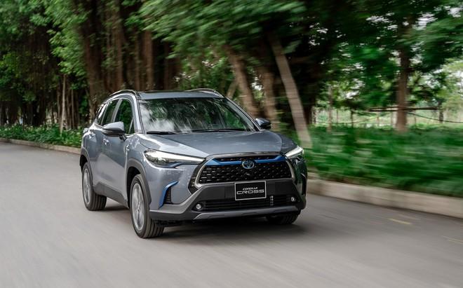 Giá xe Toyota Corolla Cross lăn bánh tháng 5/2021 - 7