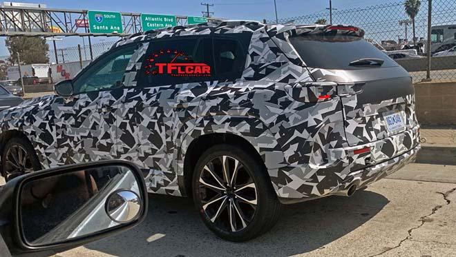 Mazda CX-5 thế hệ mới lần đầu tiên lộ diện chạy thử nghiệm - 4