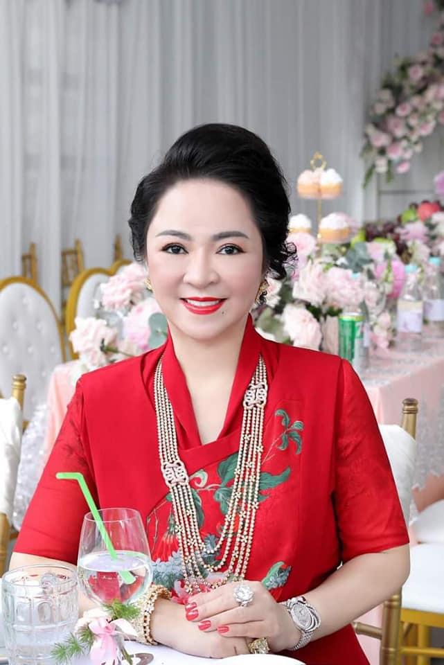Con dâu bà chủ Đại Nam được ví như bản sao Lý Nhã Kỳ, Trang Khàn cũng phải thốt lên câu này - hình ảnh 1