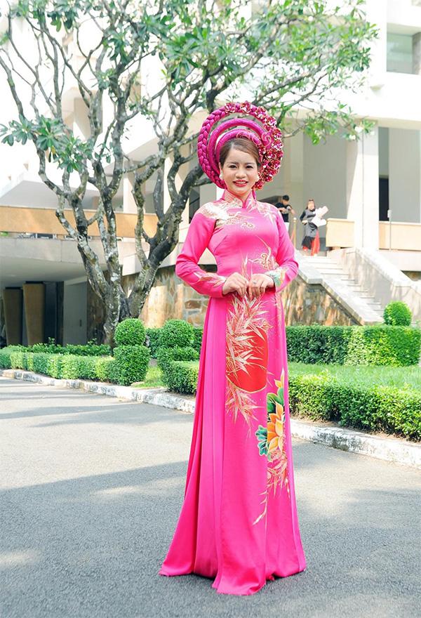 Hoa hậu Nhân ái Hoàng Thị Bích Ngọc tỏa sáng và quen thuộc trên thương trường - 4