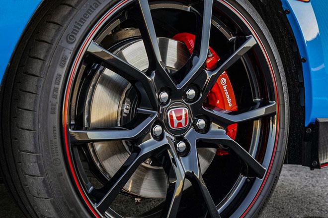 Honda Civic Type-R cập bến Đông Nam Á, giá bán gần 2 tỷ đồng - 7