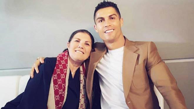 Ronaldo chia vui với đội cũ, được mẹ khuyên bỏ Juventus về Bồ Đào Nha thi đấu - 4