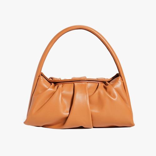 6 chiếc túi xách basic đẹp sang khiến nàng mê mẩn - 10