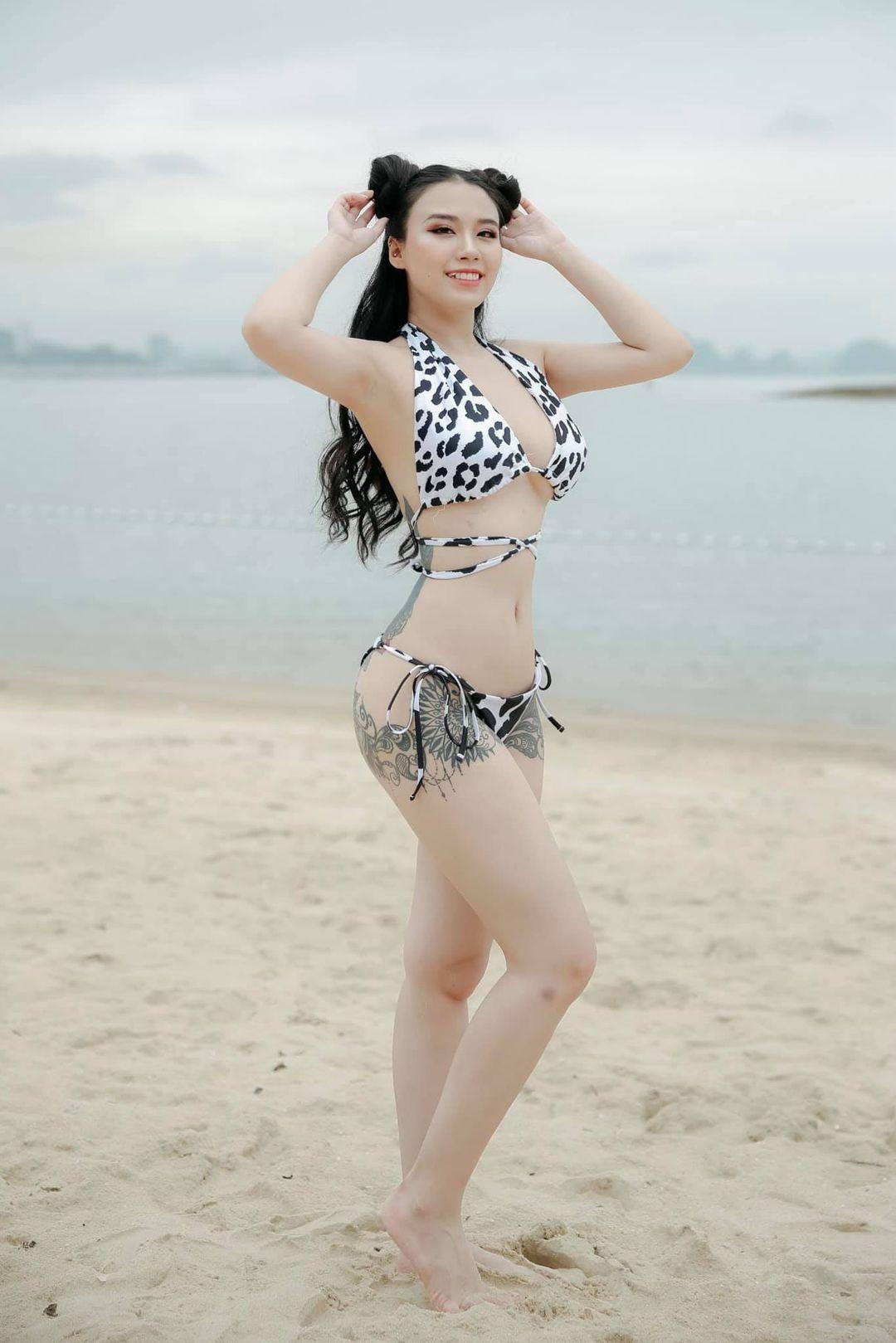 """Linh Miu khoe hình xăm kín thân với đồ bơi, vị trí """"vẩy mực"""" dễ gây hiểu lầm - 4"""