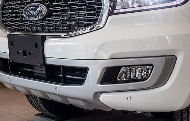 Giá xe Ford Everest mới tháng 05/2021 và thông số kỹ thuật - 5