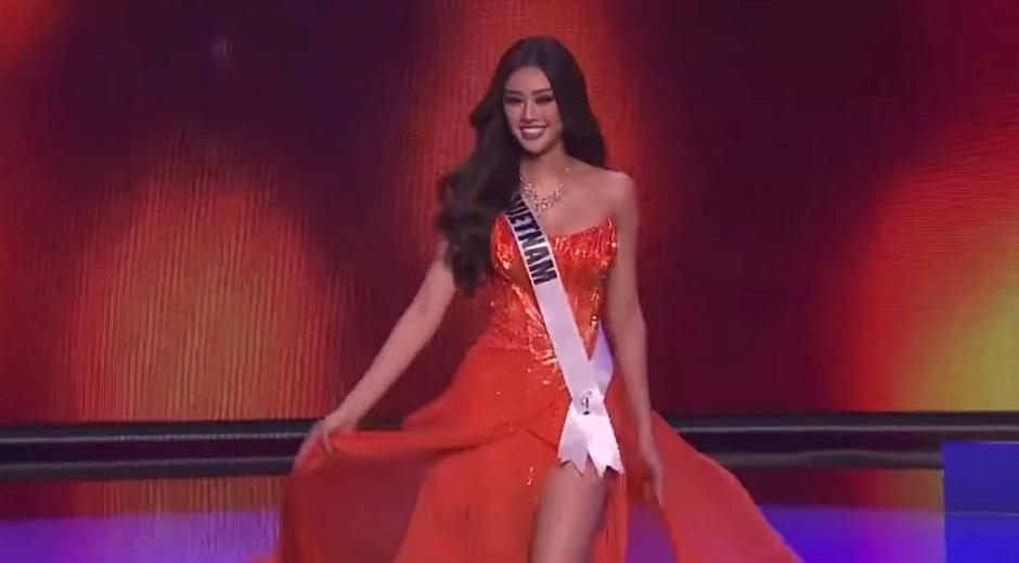 Khánh Vân diện bikini khoe hình thể tại bán kết Miss Universe - 7