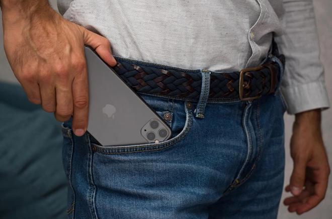 iPhone 11 Pro Max còn đáng mua lúc này không? - 2