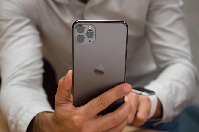 iPhone 11 Pro Max còn đáng mua lúc này không? - 3