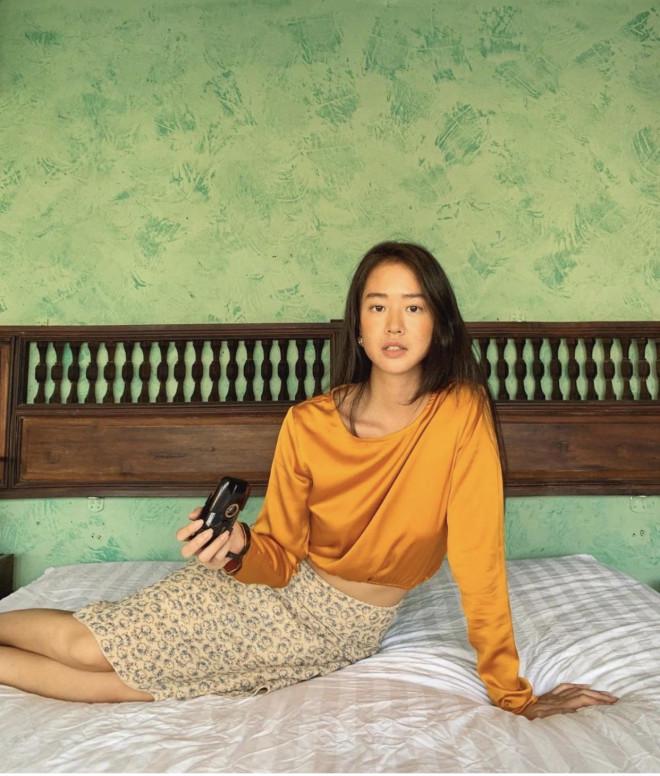 """Vẻ đẹp da nâu ngực mỏng của nữ chính trong MV """"Trốn tìm"""" của Đen Vâu - 3"""