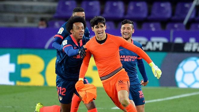 """Alisson làm chấn động Ngoại hạng Anh và các thủ môn ghi """"bàn thắng vàng"""" khiến fan sững sờ - 3"""