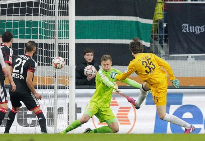 """Alisson làm chấn động Ngoại hạng Anh và các thủ môn ghi """"bàn thắng vàng"""" khiến fan sững sờ - 4"""